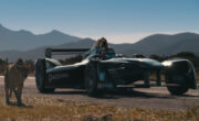 Întrecere între un ghepard și o mașină de curse Formula 1